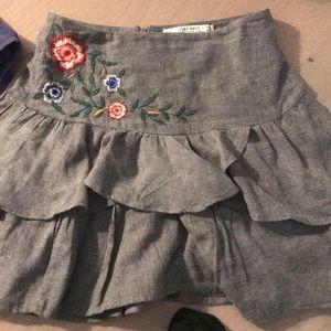 Zara floral tier mini skirt small